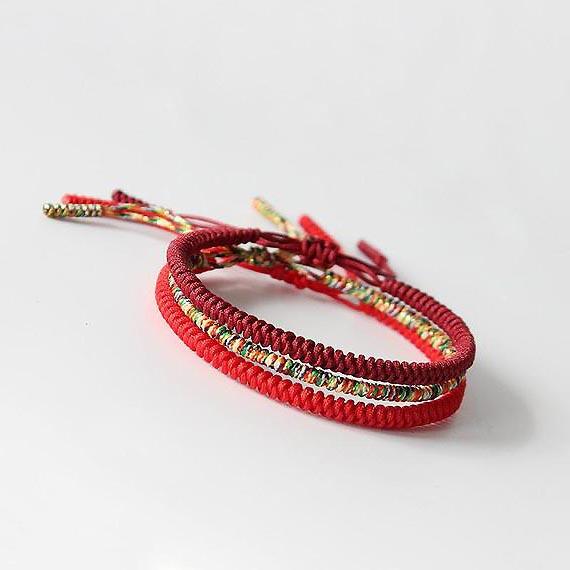 Bracelet Tibetain Porte Bonheur fil rouge