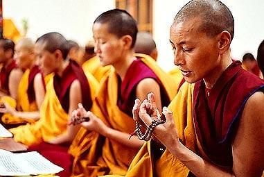pierre chakra pour bouddhiste