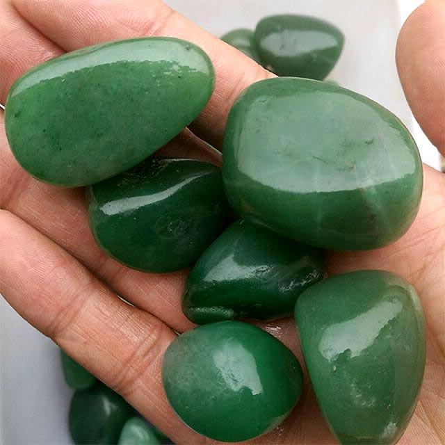 Jade vert en pierres naturelles