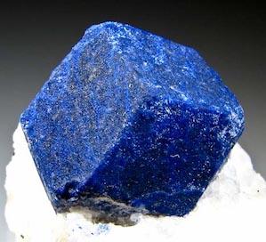 Lapis lazuli et lithothérapie